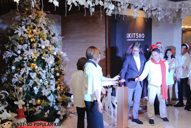 Hotel Jen Management lights up Christmas tree 2017