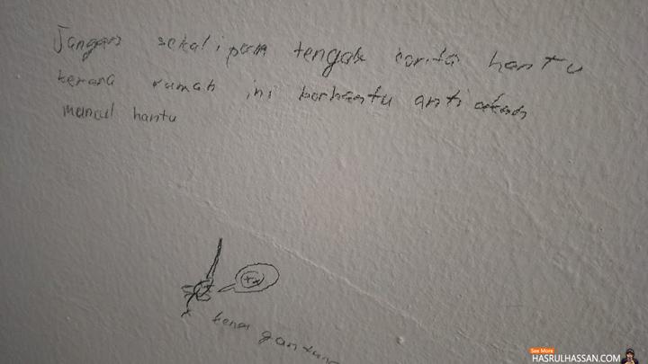 Anak lukis di dinding kata rumah kami berhantu