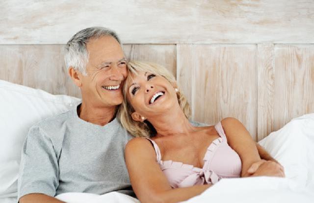 الشيخوخة عند المراة والحياة الجنسية