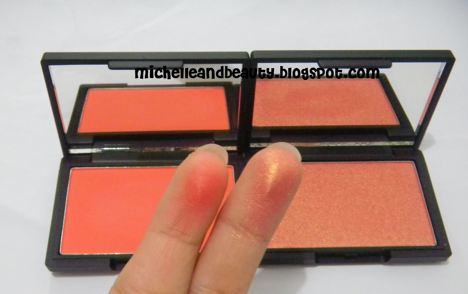 With Flash. With Flash. Mice And Beauty Sleek Blush Rose Gold Life S A Peach ...