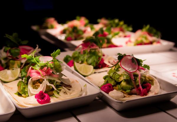 shanghai cowboy fajita ruoka-annos mexikolainen ruoka helsinki lohifajita