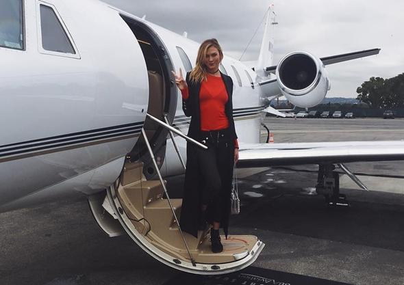 Instagram 2017-01-04 カーリー・クロス(Karlie Kloss) in ラスベガス