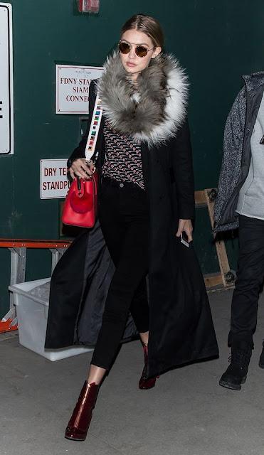 Look do dia de Gigi Hadid street style fashion street moda de rua