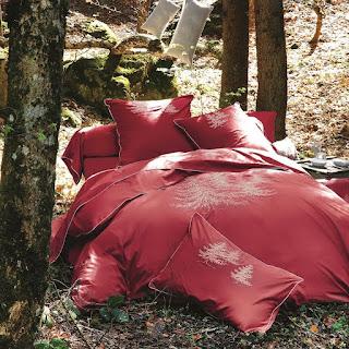 In the forest rouge. Sylvie Thiriez. Funda nordica y juego de sabanas