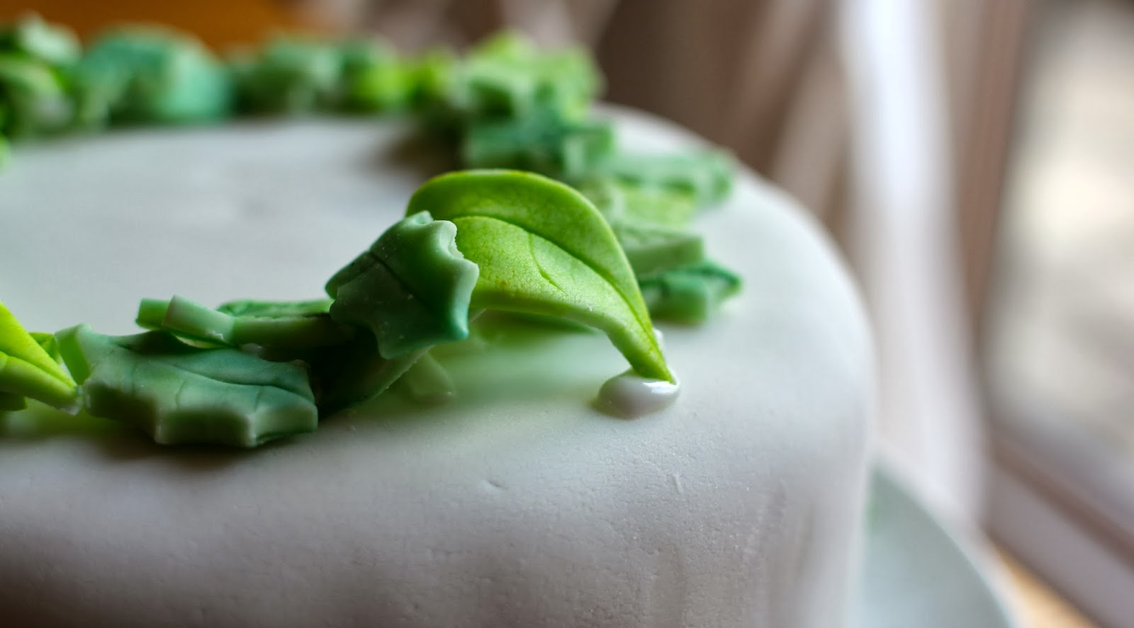 To Decorate A Cake You Make A Shadeof Green Icing