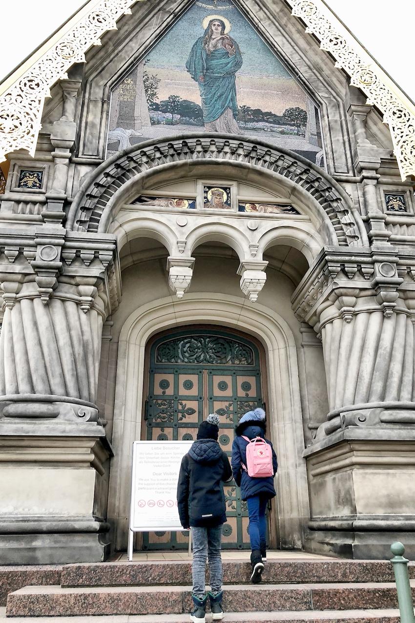 Russlsiche Kapelle Eingang