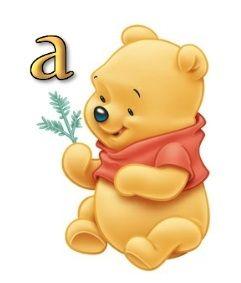 Abecedario de Winnie the Pooh Bebé. Winnie the Pooh Baby with Alphabet.
