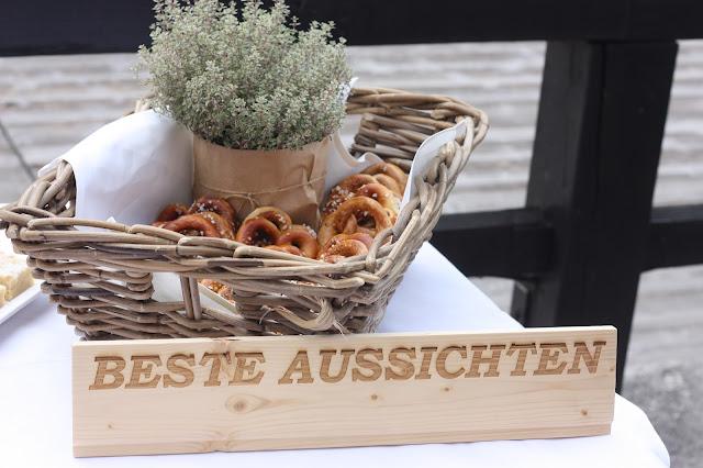 Fingerfood Buffet, Hochzeit in Pastell, zauberhaft heiraten mit zarten Farben, Riessersee Hotel Garmisch-Partenkirchen, Hochzeitslocation am See in den Bergen, Maihochzeit 2017