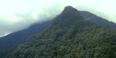 Permalink ke Gunung Poteng, Tempat Wisata di  Kota Singkawang Dengan Nuansa Alam