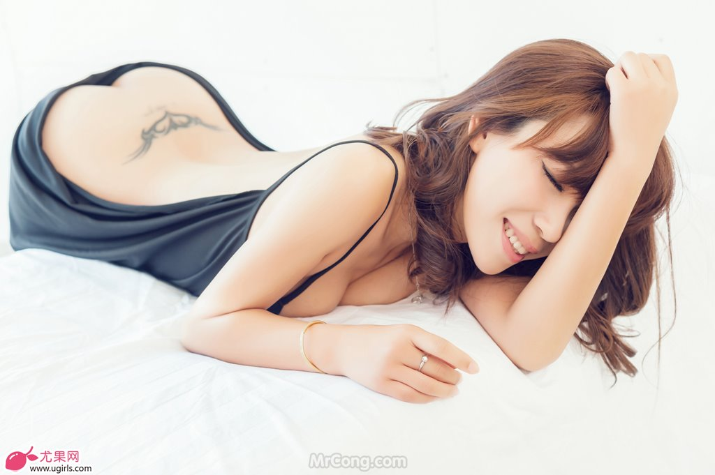 Image MrCong.com-UGIRLS-020-Tian-Yi-Yi-008 in post Người đẹp Tian Yi Yi (田依依) khoe ngực trần sexy trong bộ ảnh UGIRLS 020