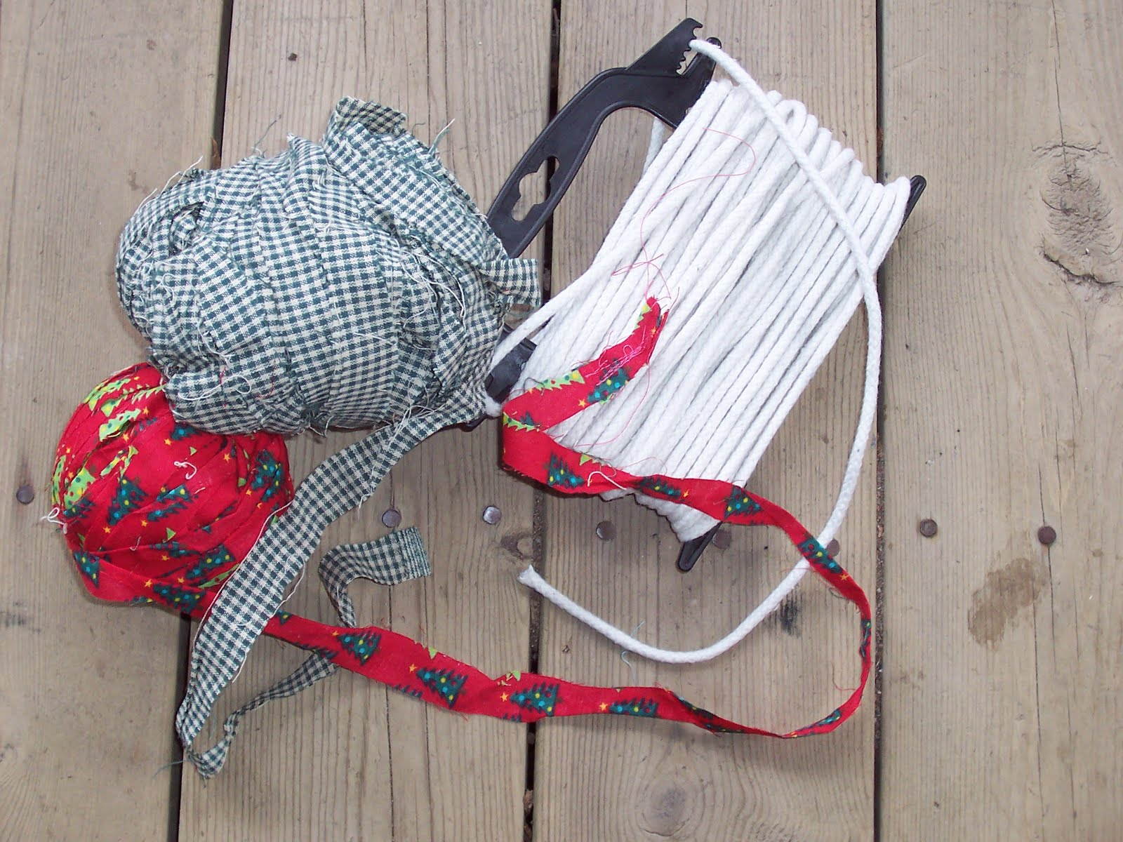 Grannypurl Fabric Covered Clothesline Basket
