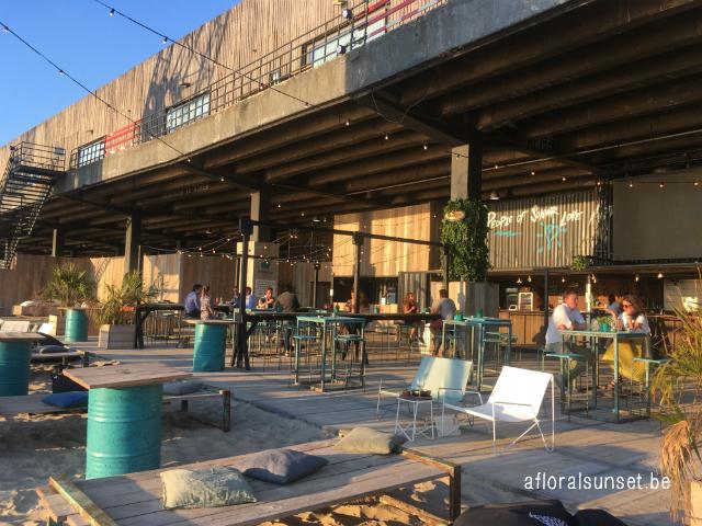 hotspot: Sommar - een zomerbaar aan de Rijnkaai in Antwerpen