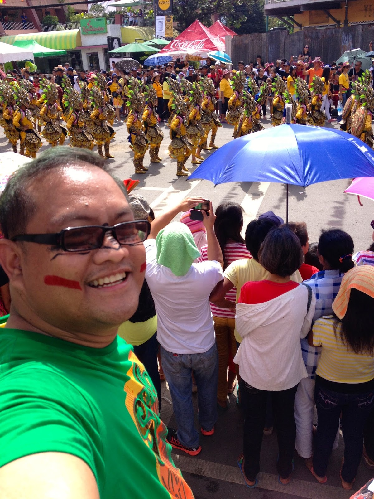 #sinulogselfie at Mango Avenue