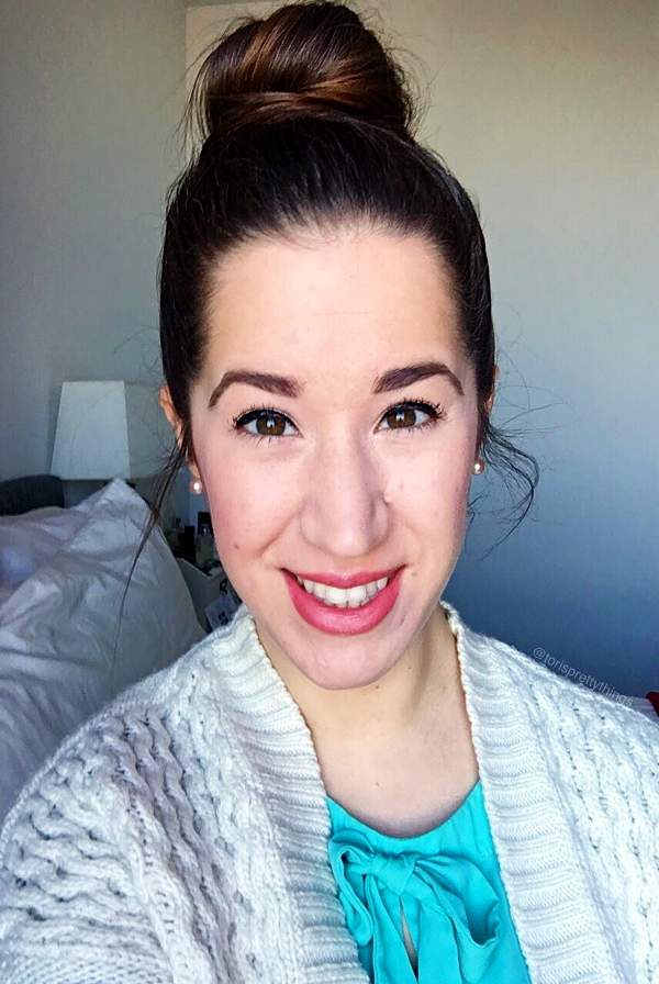 Easy spring everyday makeup look and messy Top Knot Bun