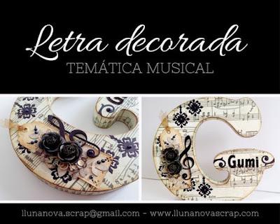 Letra de madera decorada con tematica musical