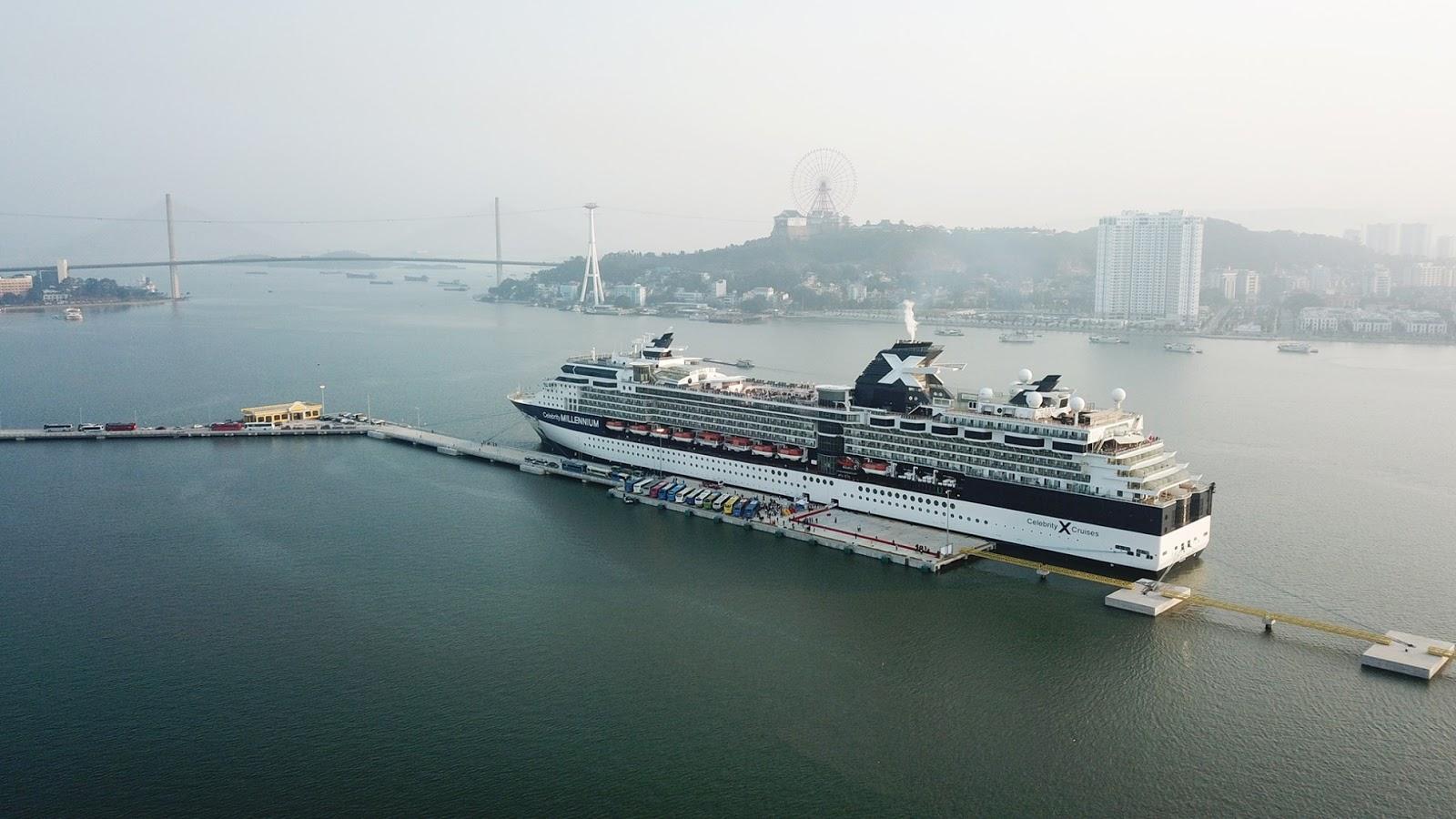 cảng du lịch quốc tế nước sâu Hạ Long Quảng Ninh