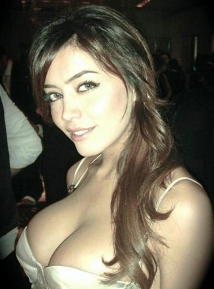 Hot arabic girls
