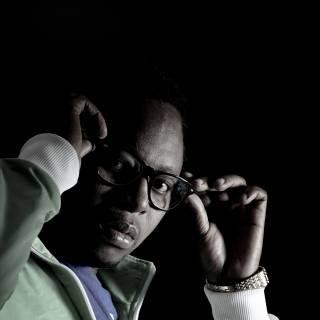 Tabasilly feat. Doppaz - Moçambique Avança (Marrabenta)
