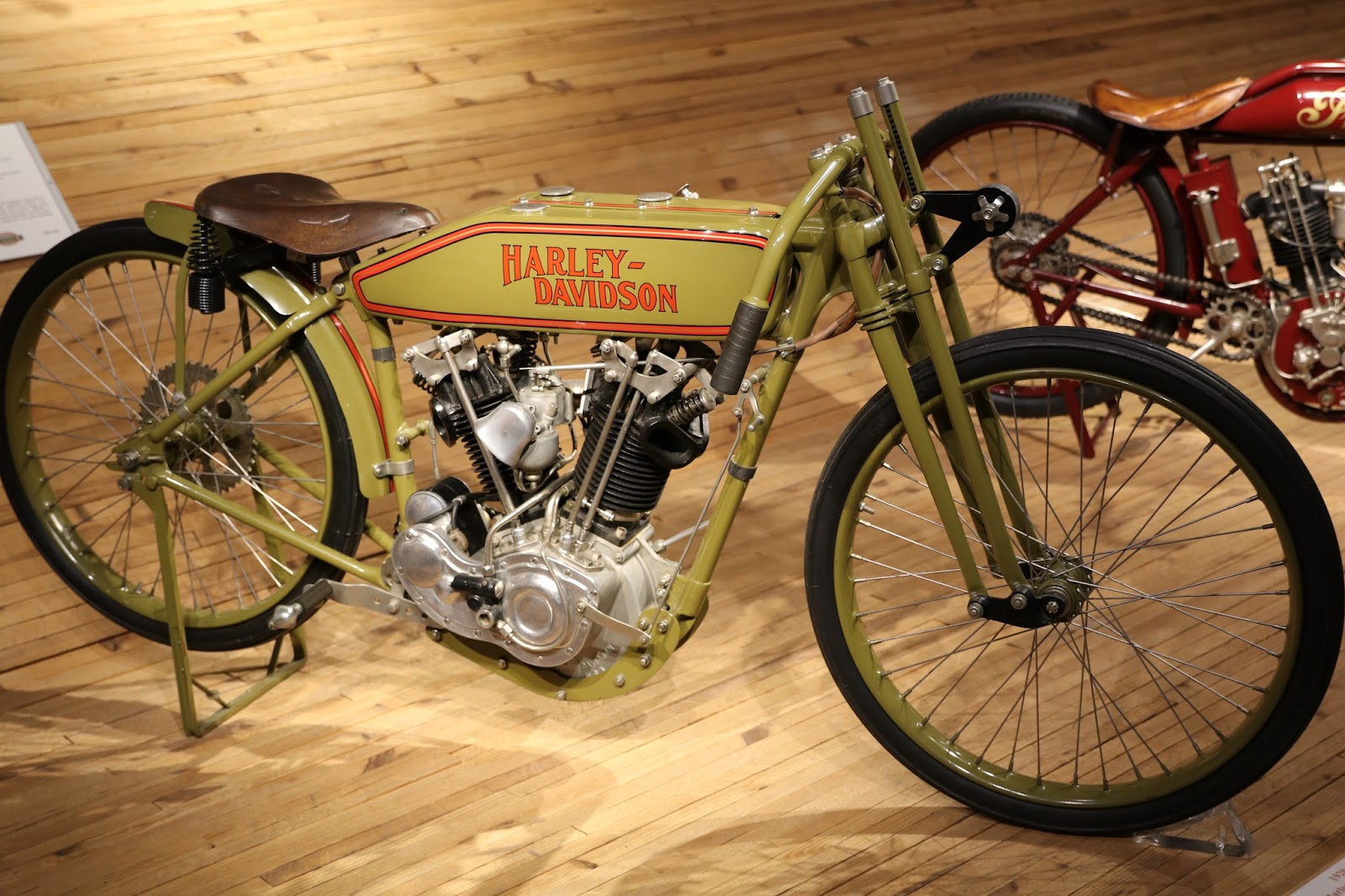 Harley Davidson Wheelies And More Harley Davidson Chabott