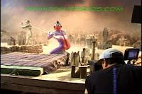 http://2.bp.blogspot.com/-aD3mXaKqjXk/ViPWs4-oIII/AAAAAAAADb0/B9TQQsBVhqg/s1600/Ultraman_tiga_oddissey_backstages_23.jpg