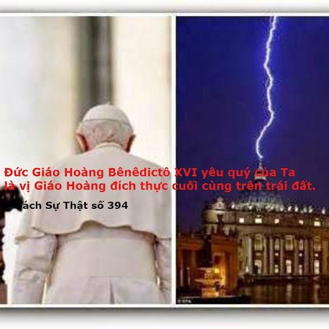 Tiên Tri giả không quỳ gối trước Chúa Giê su Thánh Thể