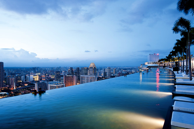 Rooftop pool marina bay sands resort singapore 9 pic - Hotel singapore swimming pool on roof ...
