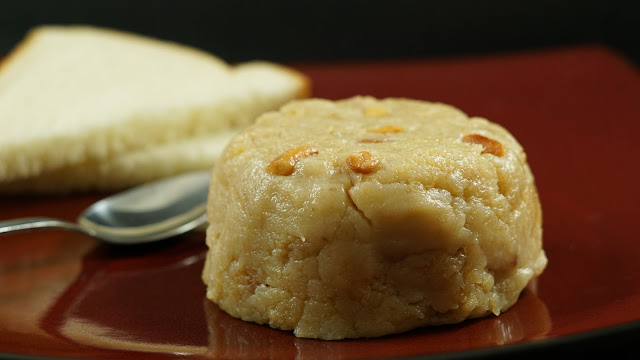 How-to-make-Bread-Halwa-Recipe