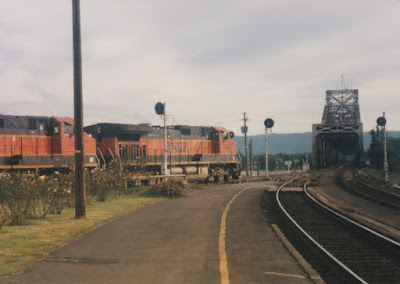 BNSF C44-9W #1050 in Vancouver, Washingon, on July 13, 1997