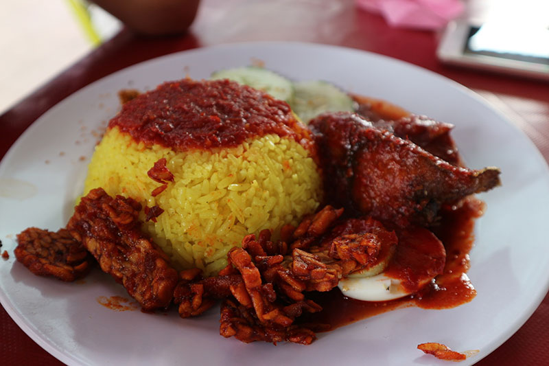 Nasi kuning the warung