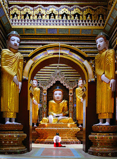 Thanboddhay Temple interior (1)