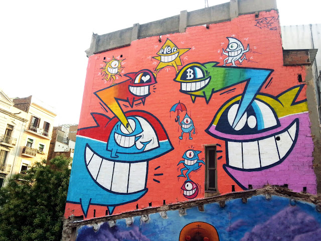 Our amigo PEZ is back in Barcelona where he just finished working on a large mural for the Barcelona Mia Festival.