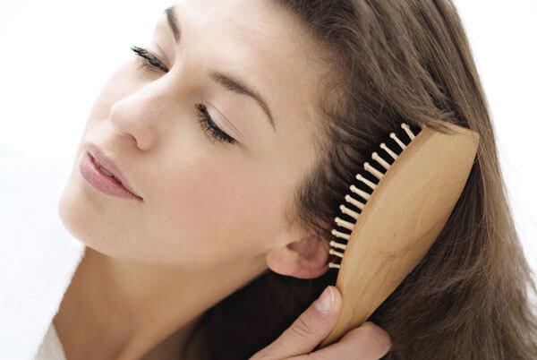 how-often-comb-hair