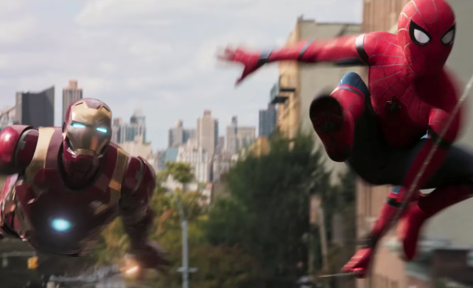 """Primeiro trailer de """"Homem-Aranha: De Volta ao Lar"""" coloca o Cabeça de Teia contra Abutre"""