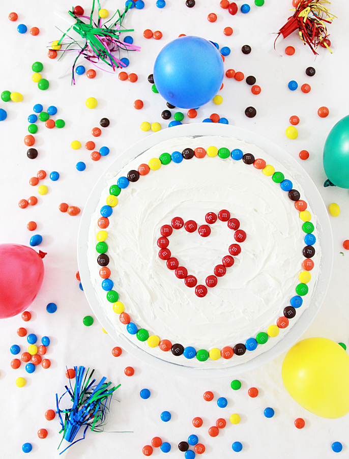 Cake Decorating Hacks : A Bubbly Life: DIY Simple Cake Decorating Hack