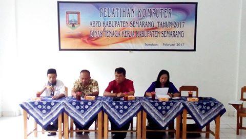 Pelatihan Komputer Gratis Bagi Masyarakat Sekitar Kecamatan Susukan