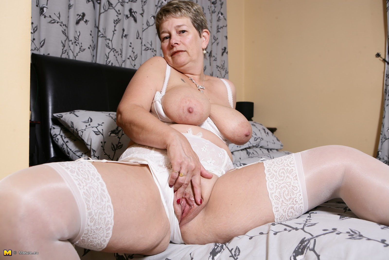 Senior women masturbating