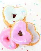 http://www.akailochiclife.com/2016/01/bake-it-easy-heart-doughnuts.html