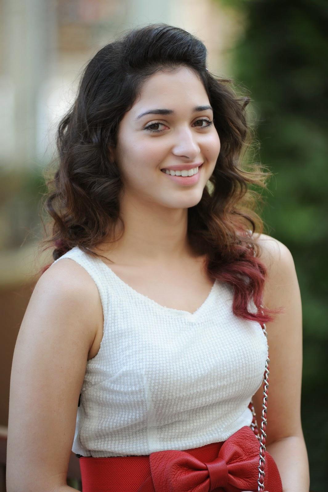 Tamanna Bhatia - Sexy HD Photos