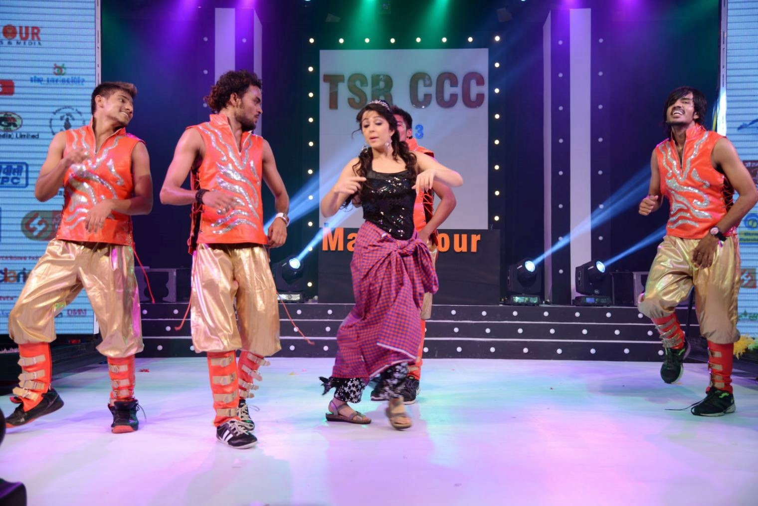 Charmi kaur hot dance performance on stage at cccup