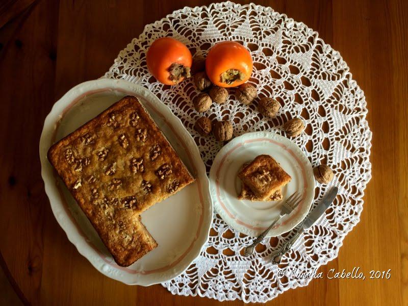 bizcocho-caqui-nueces-mesa