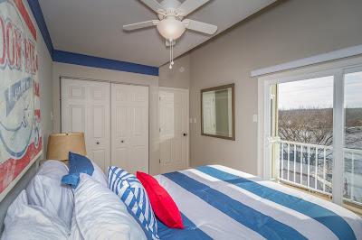 Shorty Pants Lounge & Marina vacation rental houses, Lake of the Ozarks, Glass House 1