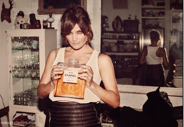 Helena Christensen chanel