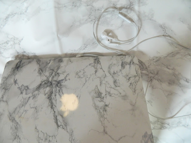 marble-pattern-macbook-air-case
