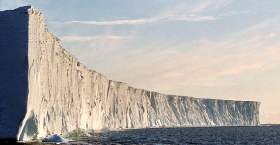 Maior iceberg do mundo está desaparecendo rapidamente