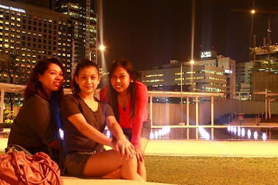 Pinay Travel in Boni High Street Fountains
