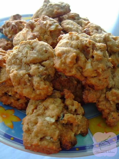 Biscuits aux noix et au chocolat blanc