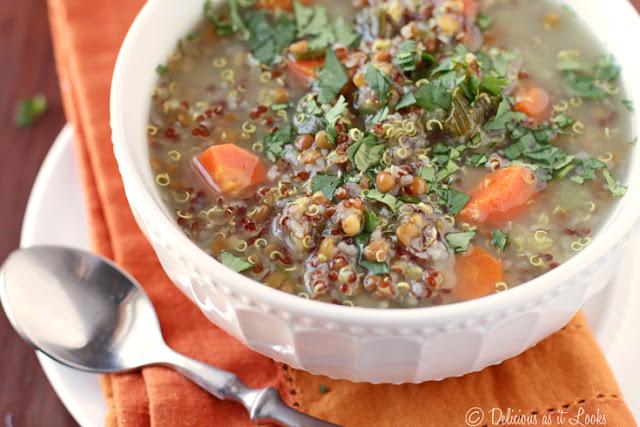 Low-FODMAP Curried Lentil Quinoa Soup {Vegan}  /  Delicious as it Looks