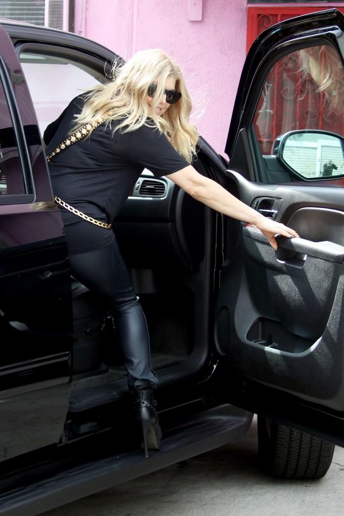 Leather Upskirt 91