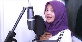 Download Laili Mustika Adek Juga Rindu Mp3 (Lagu Adek Jilbab Ungu Paling Viral),Lagu Cover, Lagu Viral, Lagu Palembang