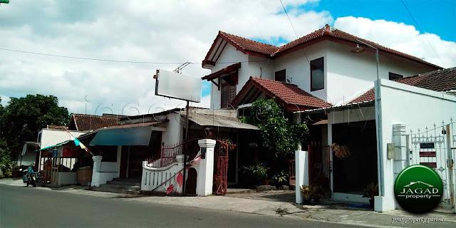 Kost dan Rumah Induk dekat Ambarukmo Plaza